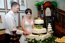 Wedding Packages with wedding cakes.